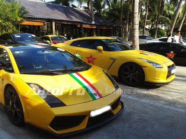 Lamborghini Gallardo bên cạnh Nissan GT-R