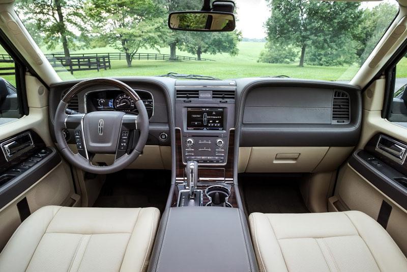 Nội thất của Lincoln Navigator phiên bản nâng cấp.