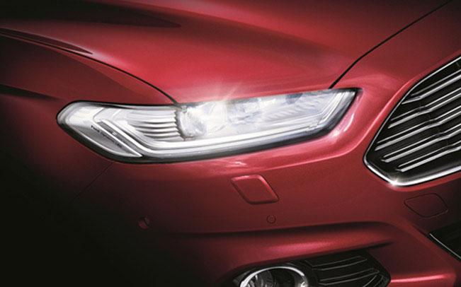 Ford Mondeo thế hệ mới sẽ được trang bị cụm đèn pha LED toàn bộ.