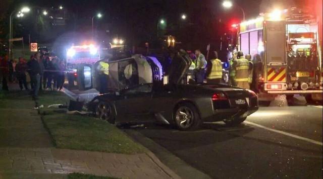 Hiện trường vụ tai nạn với chiếc Honda SUV bị lật.