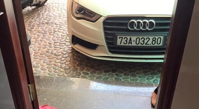 Quảng Bình: Audi A3 bị trộm đập vỡ kính lấy sạch tiền, giấy tờ - ảnh 3