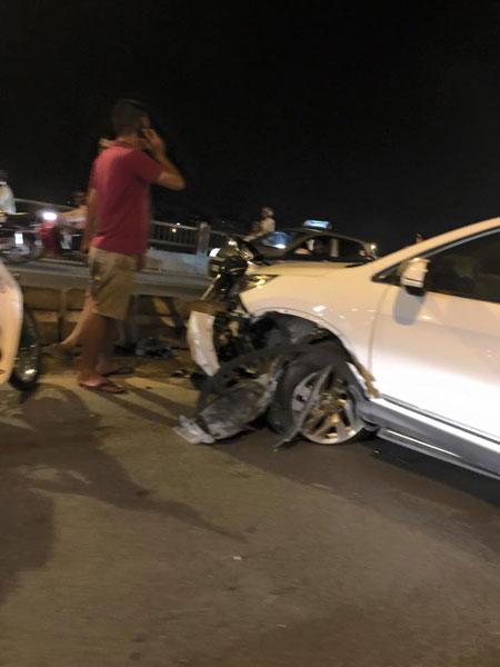 Chiếc Honda CR-V tại hiện trường vụ tai nạn. Ảnh: Kevin Nguyen/Otofun