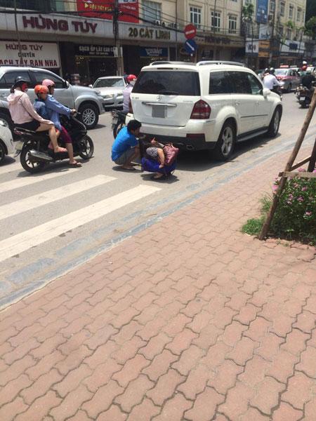 Chiếc Mercedes-Benz GL tại hiện trường vụ tai nạn. Ảnh: Monter Cristo/Otofun