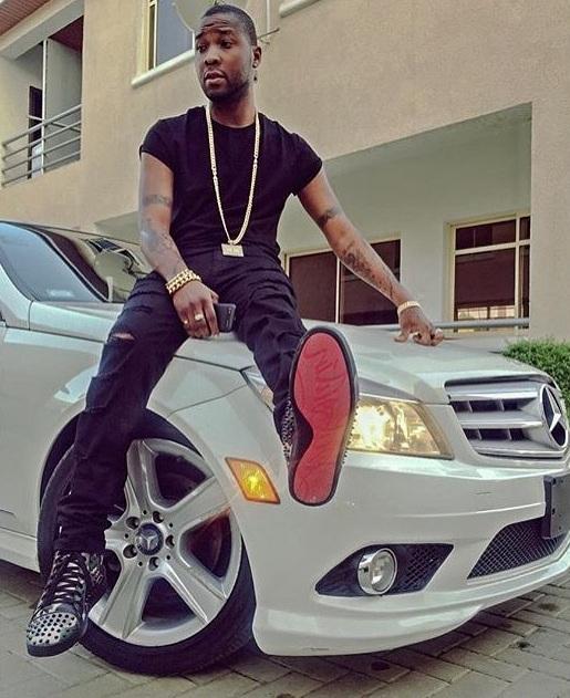 Hội con nhà giàu Nigeria cũng đua nhau khoe xe sang trên mạng - Ảnh 1.