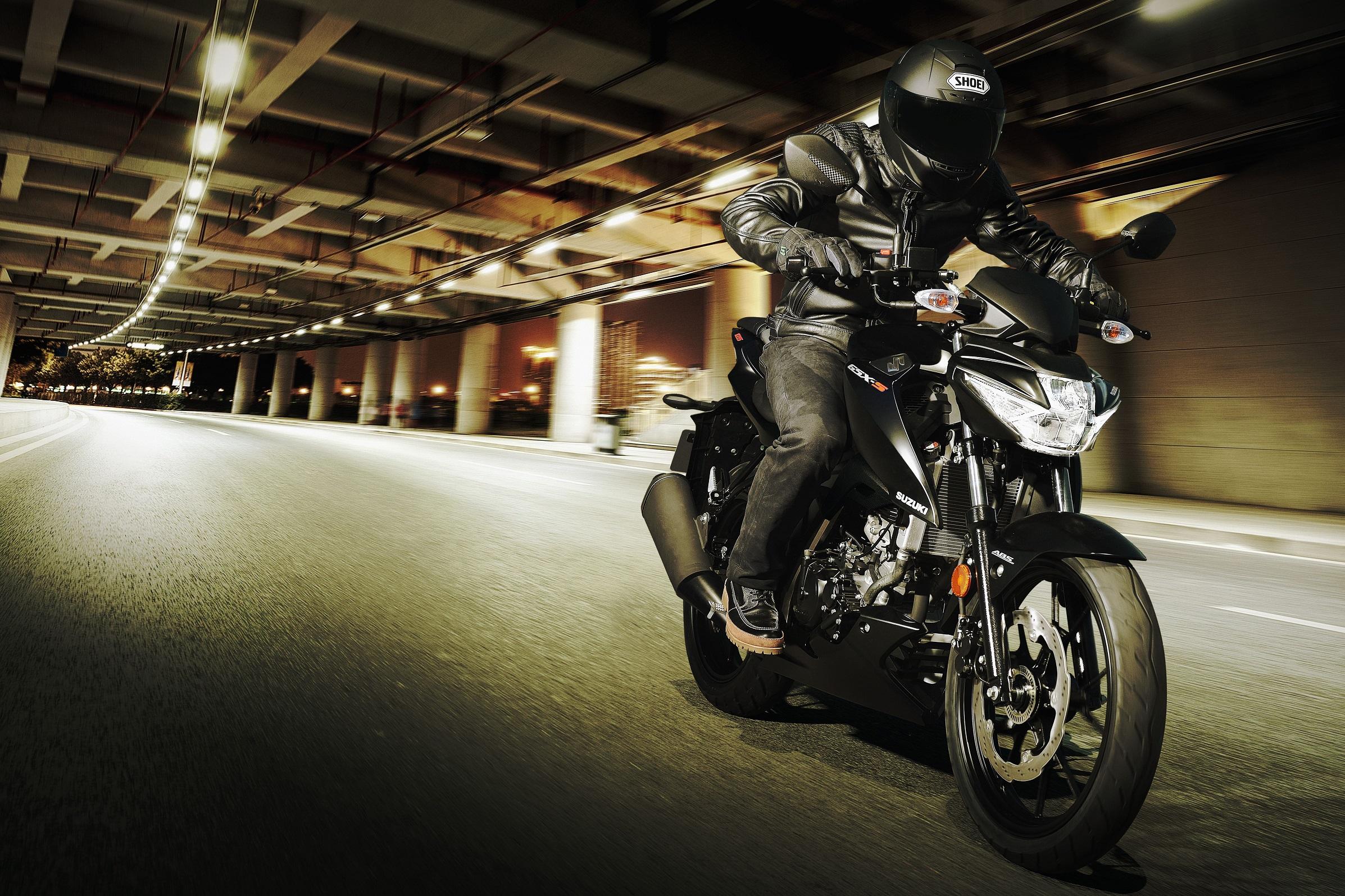 Naked bike Honda CB1000R 2021 ra mắt với nhiều cải tiến