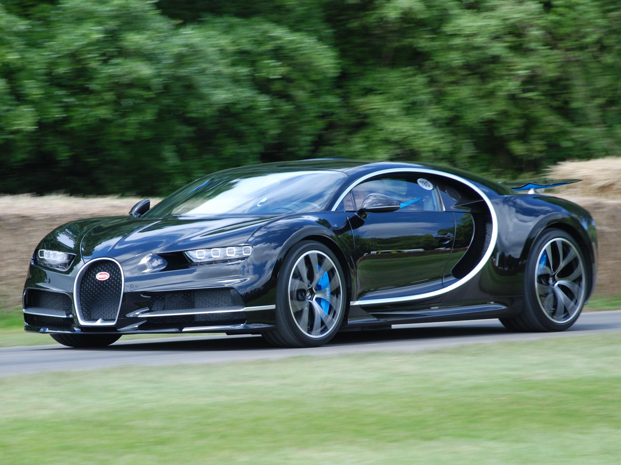 Nghe thử âm thanh từ động cơ 1.600 mã lực của Bugatti Chiron