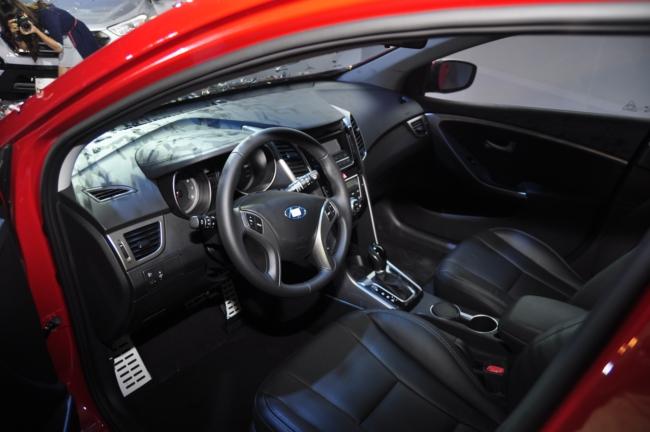 Hyundai i30 2013 giá từ 758 triệu đồng 4