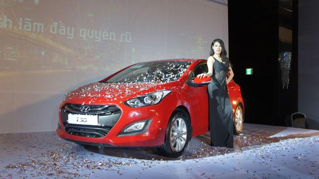 Hyundai i30 2013 giá từ 758 triệu đồng 2
