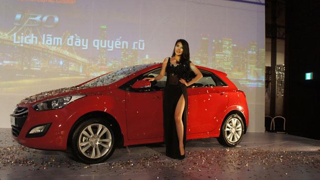 Hyundai i30 2013 giá từ 758 triệu đồng 3