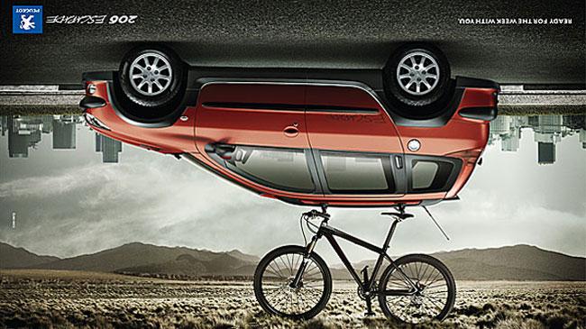 Hết đường, các hãng xe dùng quảng cáo như quân bài cuối  1