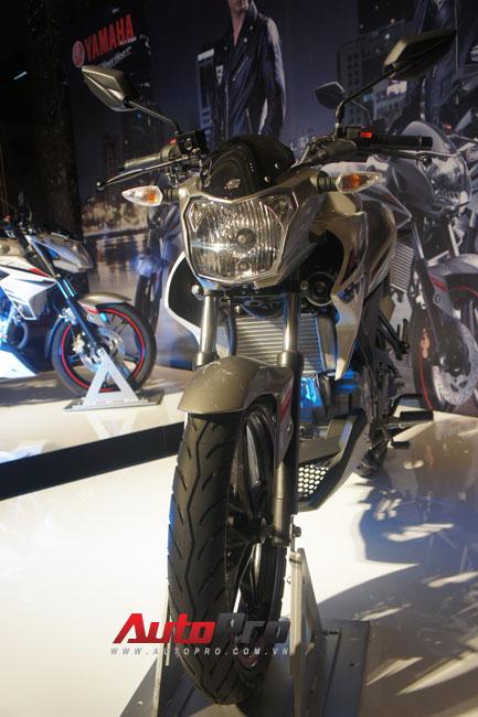 Yamaha trình làng naked-bike FZ150i giá 67,5 triệu đồng 10