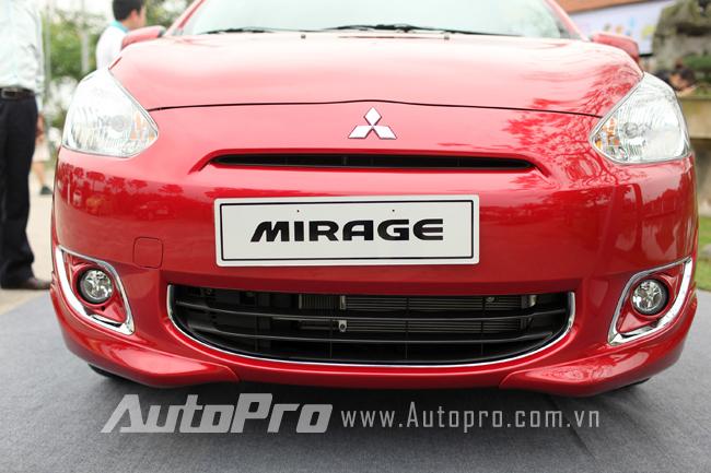 Cận cảnh Mitsubishi Mirage phiên bản RalliArt tại Việt Nam 25