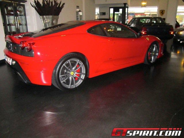 Siêu xe Ferrari 430 Scuderia của Michael Schumacher được rao bán 1