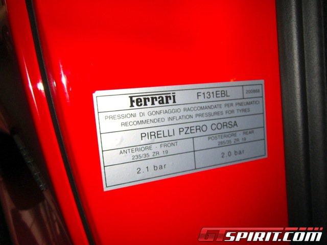 Siêu xe Ferrari 430 Scuderia của Michael Schumacher được rao bán 5