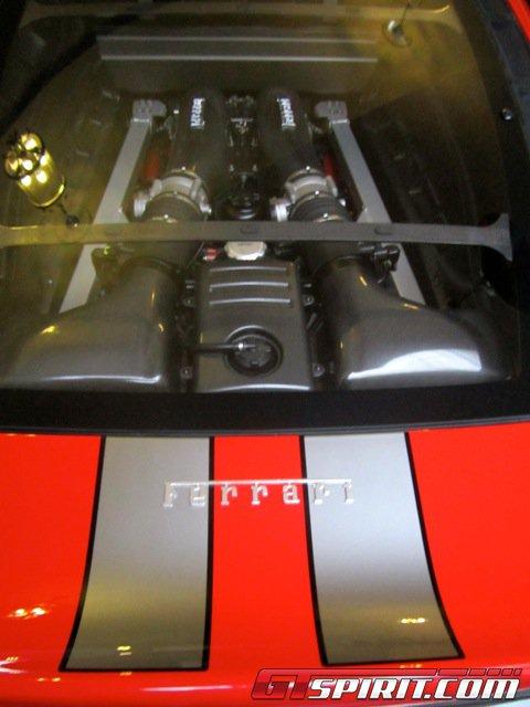 Siêu xe Ferrari 430 Scuderia của Michael Schumacher được rao bán 10
