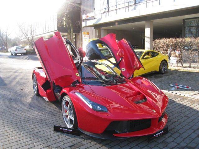 """Siêu xe Ferrari LaFerrari """"Số 1"""" có giá 3,25 triệu USD 1"""
