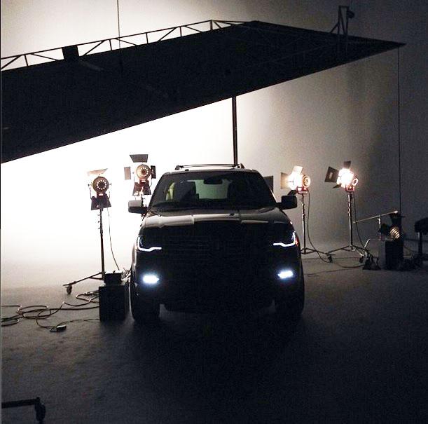 SUV hạng sang Lincoln Navigator 2015 lộ diện trước giờ ra mắt 2