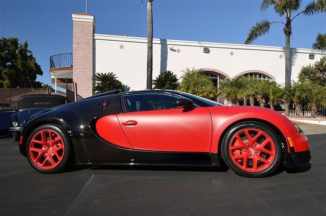 """""""Rao vặt"""" siêu xe Bugatti Veyron Grand Sport Vitesse màu độc tại Mỹ 6"""
