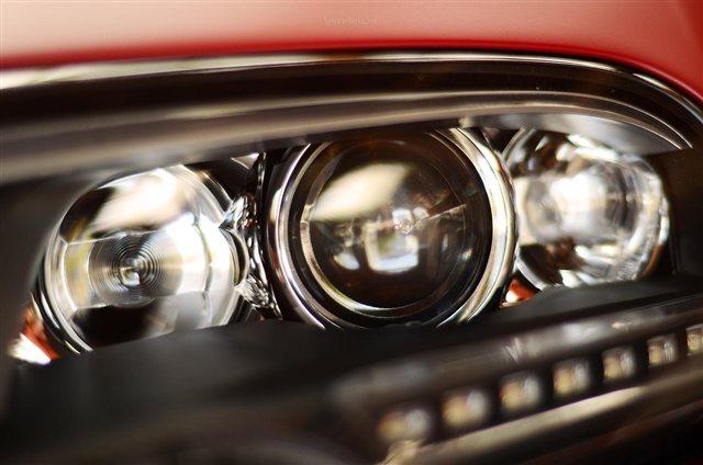 """""""Rao vặt"""" siêu xe Bugatti Veyron Grand Sport Vitesse màu độc tại Mỹ 8"""
