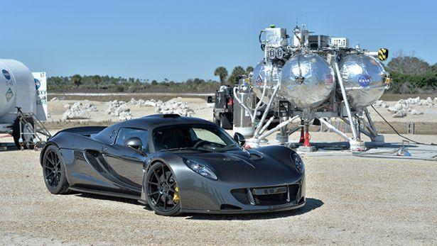 Hennessey Venom GT: Kỷ lục gia tốc độ mới trong thế giới xe 10