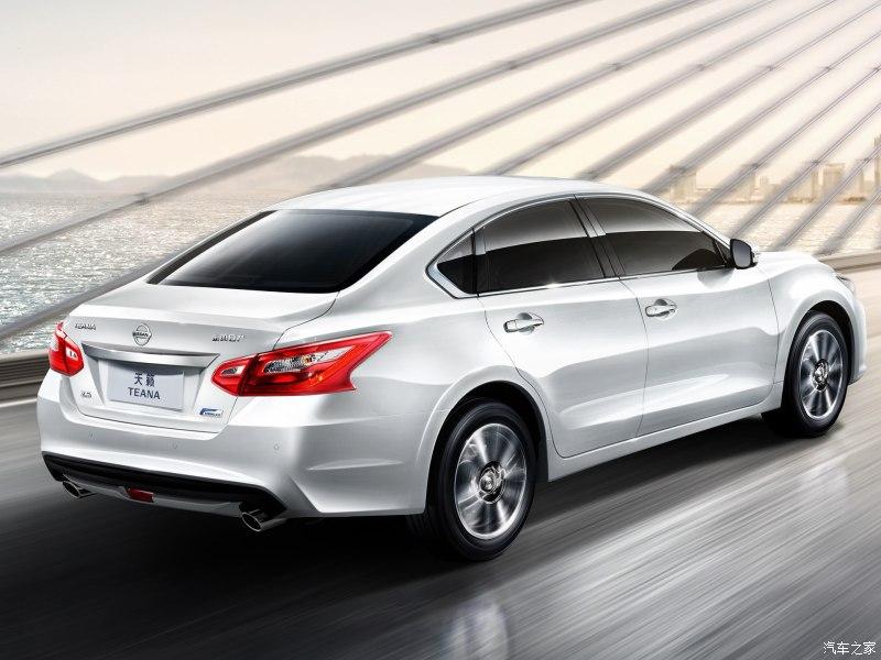 Hiện chưa rõ giá bán cụ thể của Nissan Teana 2016 tại thị trường Trung Quốc. Xe sẽ tiếp tục cạnh tranh với những đối thủ truyền thống như Toyota Camry, Honda Accord và Hyundai Sonata.