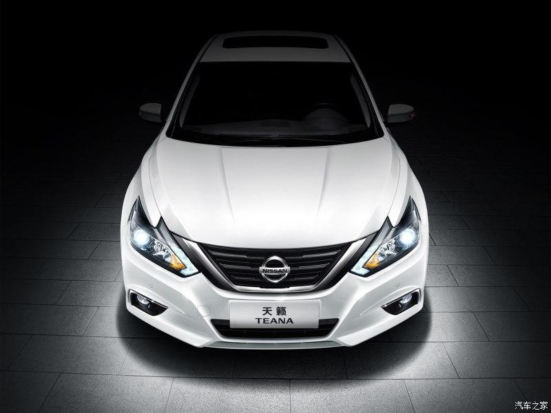 Hãng Nissan đã tung ra những hình ảnh đầu tiên của mẫu sedan cỡ trung Teana phiên bản nâng cấp tại thị trường Trung Quốc.