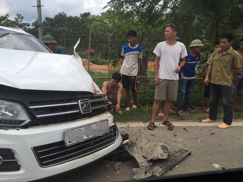 Chiếc SUV Trung Quốc bị hư hỏng khá nặng.