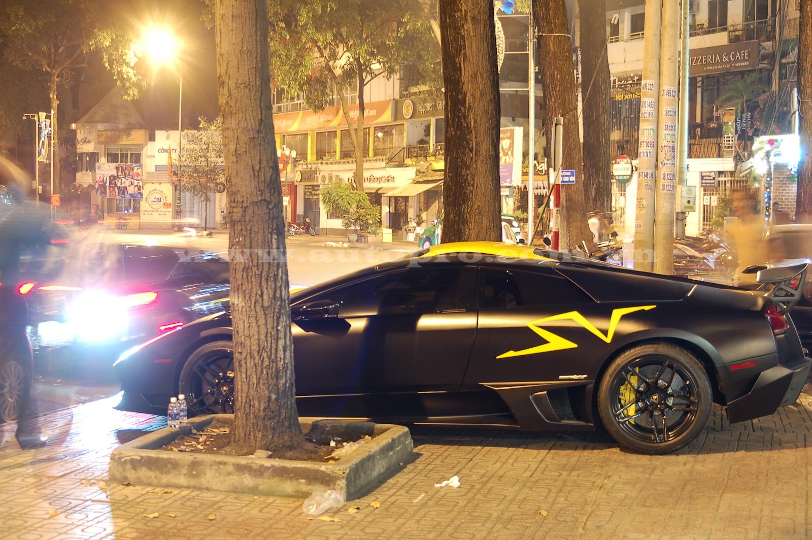 Không quá lời khi cho rằng chính chiếc siêu xe mang số thứ tự 46/350 chiếc được sản xuất trên toàn thế giới đưa tên tuổi vả địa vị trong giới chơi xe của Minh Nhựa nhảy vọt lên hàng lão đại cùng với Cường Đô-la.
