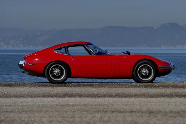 Mẫu xe cuối cùng là Toyota 2000GT đời 1967 được sản xuất 350 chiếc trên toàn thế giới.