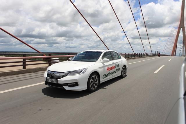 Có những đoạn đường mà mức tiêu thụ nhiên liệu của Honda Accord chỉ khoảng 5,2 lít/100km.