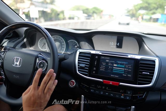 Bật điều hoà trong xe ở mức vừa đủ mát, quạt gió ở nấc nhẹ nhất cũng là một cách giảm tiêu thụ nhiên liệu cho xe.