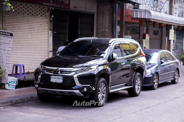 Mitsubishi Pajero Sport thế hệ mới tại Thái Lan.