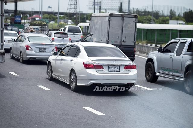 Honda Accord được nhiều người ưa chuộng tại Thái Lan nhưng không gây được tiếng vang ở Việt Nam.