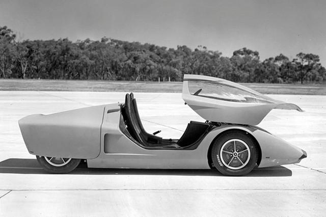 Holden Hurricane có kiểu dáng hình chiếc nêm.