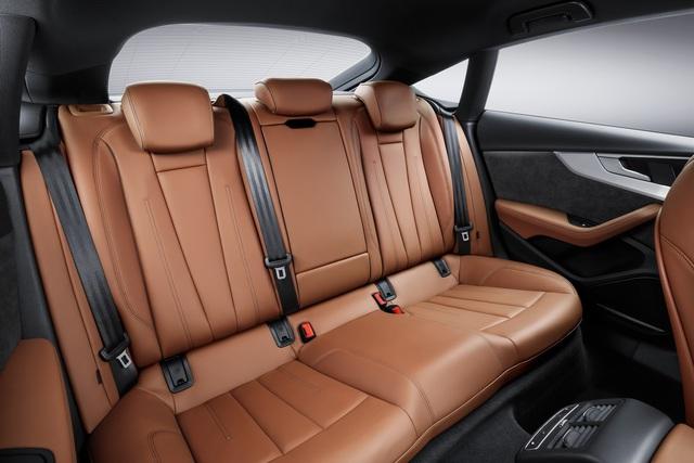 Hiện giá bán của Audi A5 Sportback và S5 Sportback 2017 vẫn chưa được công bố.