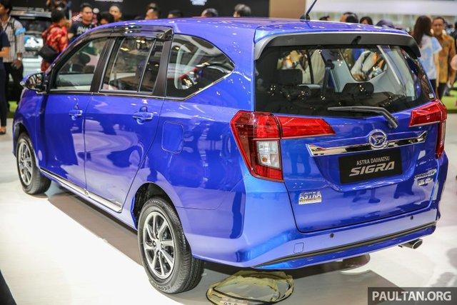 Trong khi đó, bản cao cấp hơn của Daihatsu Sigra là X và R sử dụng động cơ xăng Dual VVT-i, dung tích 1,2 lít tương tự Toyota Calya. Động cơ này sản sinh công suất tối đa 88 mã lực tại vòng tua máy 6.000 vòng/phút và mô-men xoắn cực đại 108 Nm tại vòng tua máy 4.200 vòng/phút. Sức mạnh được truyền tới bánh thông qua hộp số sàn 5 cấp hoặc tự động 4 cấp.