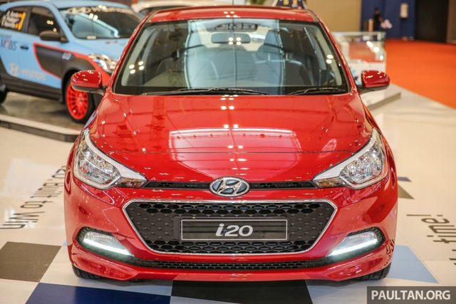 Mẫu xe hatchback cỡ nhỏ Hyundai i20 thế hệ mới đã lần đầu tiên trình làng trong triển lãm Paris 2014 diễn ra cách đây gần 2 năm. Mãi đến nay, hãng Hyundai mới chính thức được giới thiệu với thị trường Indonesia thông qua triển lãm Ô tô quốc tế Gaikindo Indonesia (GIIAS) 2016.