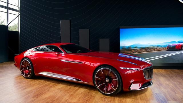 Đúng như kế hoạch từ trước đó, mẫu coupe siêu sang Mercedes-Maybach 6 đã chính thức ra mắt trong sự kiện Monterey Car Week hiện đang diễn ra tại bang California, Mỹ, dưới dạng concept.