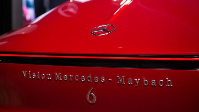 Hiện hãng Mercedes-Benz chưa công bố kế hoạch đưa Mercedes-Maybach 6 lên dây chuyền sản xuất đại trà. Tuy nhiên, chắc chắn giới nhà giàu sẽ mong muốn Mercedes-Maybach 6 được sản xuất thương mại.