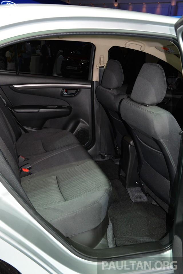 Tại thị trường Thái Lan, Suzuki Ciaz được bán với giá dao động từ 484.000 - 625.000 Baht, tương đương 313,8 - 405,3 triệu Đồng. Hiện chưa có thông tin về giá bán của Suzuki Ciaz tại thị trường Việt Nam.
