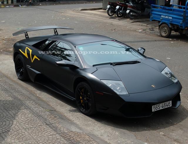 Trái tim của Lamborghini Murcielago LP670-4 SV là khối động cơ V12, dung tích 6,5 lít, sản sinh công suất tối đa 670 mã lực và mô-men xoắn cực đại 650 Nm.
