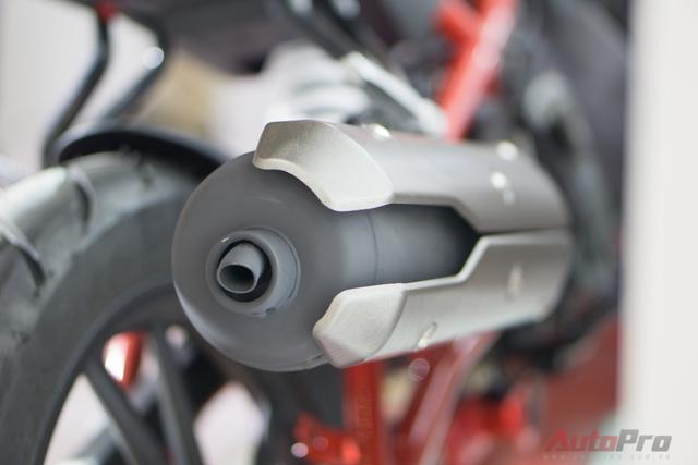 Ống xả đơn được thiết kế đơn giản trên Kymco K-Pipe 125.