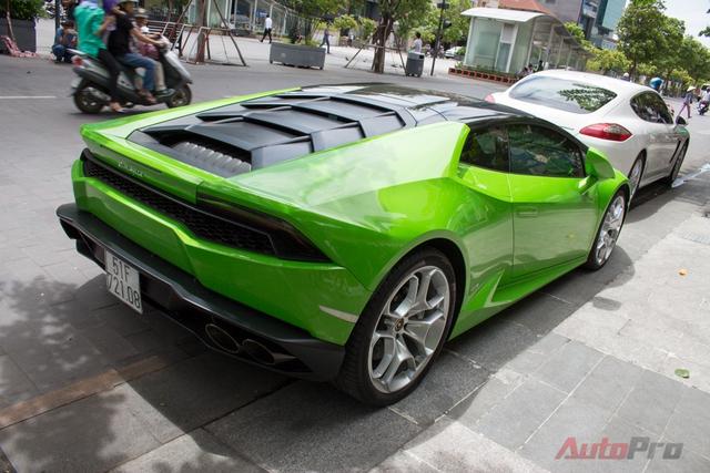 Lamborghini mang đến cho người lái 3 chế độ vận hành, bao gồm Strada (bình thường), Sport (thể thao) và Corsa (đua).