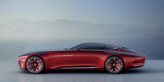 Thiết kế của Mercedes-Maybach 6 mang hơi thở đậm chất tương lai của thương hiệu ngôi sao 3 cánh. Xe dễ ghi điểm với người nhìn bằng vẻ ngoài thuôn mượt, mỏng dẹt nhưng đi kèm 2 cặp bánh lớn cỡ 24 inch.