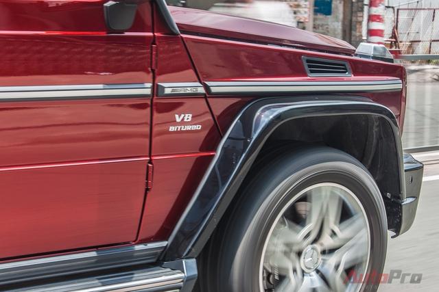 Xe được trang bị động cơ V8 Biturbo dung tích 5,5 lít, sản sinh công suất 563 mã lực, mô-men xoắn cực đại 757 Nm tại 1.750- 5.250 vòng/phút. Đi kèm với đó là hệ dẫn động bốn bánh toàn thời gian, hộp số tự động 7 cấp, ba chế độ khóa vi sai khác nhau, giúp khả năng off-road trên nhiều địa hình.