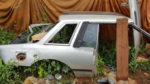 Phần khung xe của chiếc Nissan Silvia đời 1984 sau khi bị cắt bỏ.