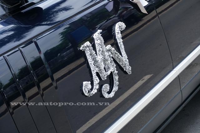 Và ký hiệu MN tên viết tắt của Minh Nhựa bên hông xe.