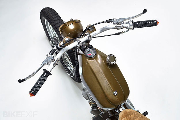 Honda Super Cub hóa thân thành xe đua bùn đất 2
