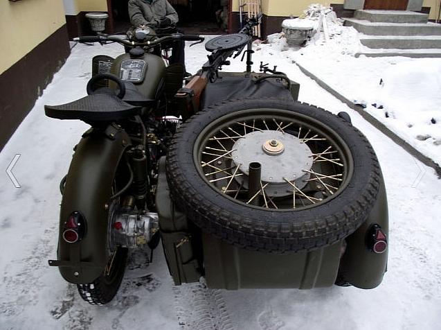 Ural MV750 hồi sinh với súng máy 3