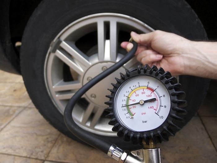 Những thủ phạm gây tổn thọ cho lốp xe của bạn 1